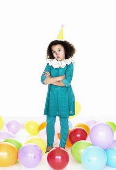 Ballons, ballons, ballons... The zest to the party! www.pandurohobby.com Masquerade by Panduro #DIY #face #paint #dressup #balloons #facepaint #fastelavn #kids #party