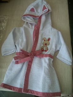 Bath Linens, Kids Bath, Baby Boy Outfits, Little Girls, Sewing Projects, Towels, Casual, Fashion, Bathroom Crafts