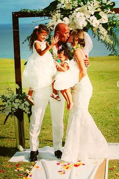 My lovely Family Dwayne Johnson Family, The Rock Dwayne Johnson, Rock Johnson, Dwayne The Rock, Rock Family, Love My Family, Family Goals, My Love, Lauren Hashian