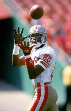 Jerry Rice. The best WR ever!
