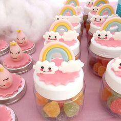 Chuva de AMOR ⚬orçamento 99633-8487 ⚬ateliê 3045-0422 #chuvadeamor #decoracaochuvadeamor #festachuvadeamor #mimoschuvadeamor #party #inspiracion #garimpandosuafesta #festasinfantispelobrasil #balões #festasinfantis #Festainfantil #cake #cakedesing #bolosartisticos #boloscenograficos #mesversario #kitchadebaby #baby #Mãe #maedemenina #maedemenino #deupositivo #maedeprimeiraviagem