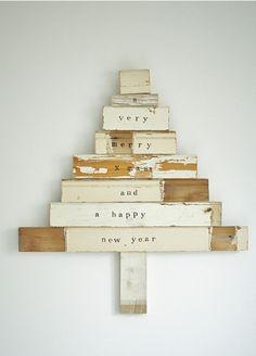 Simple Christmas tree decoration