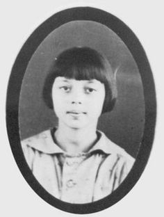 9 year old Mary Francis Bennett victim of a gas explosion at her school in New London, Texas. Texas City Explosion, Galveston Hurricane, C Ops, New London, Memorial Park, Fifth Grade, 9 Year Olds, Grave Memorials, Special Characters