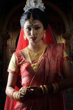 0bb20a9d9dab2 Portfolio of Makeup Artist Mainak. Bengali Bride