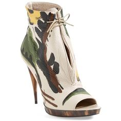 Women's Burberry 'Jenkin' Bootie ($1,615) ❤ liked on Polyvore featuring shoes, boots, ankle booties, booties, burberry, short boots, bootie boots, burberry booties and burberry boots
