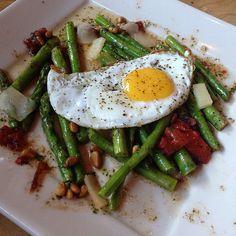 Cheesecake Factory Restaurant Copycat Recipes: Warm Asparagus Salad