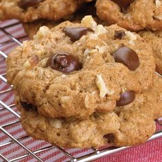 Oatmeal Chocolate Chip Cookies with tahini and ww pastry flour