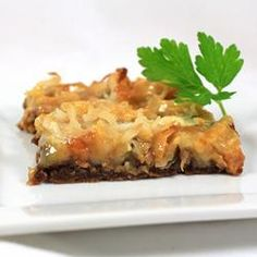 """Almost Caramel de Lite Bars   """"Really good flavor. You *do* need to wait until they cool completely (a couple hours) before you cut them or they will fall apart."""" —Lidco   Repin this Girl Scout Cookie®-inspired recipe."""