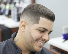 Guy's if you're looking for some cool haircuts for you. Find below we compiled top 15 Combover haircuts & hairstyles for you. Mens Haircuts Quiff, Choppy Bob Haircuts, Quiff Hairstyles, Latest Haircuts, Cool Haircuts, Haircuts For Men, Cool Hairstyles, Comb Over Haircut, Fade Haircut