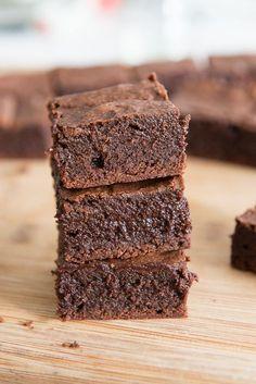 Fudgy Coconut Oil Brownies Recipe from @fifteenspatulas
