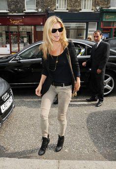 la modella mafia Kate Moss street style fashion balmain low rise jeans 1