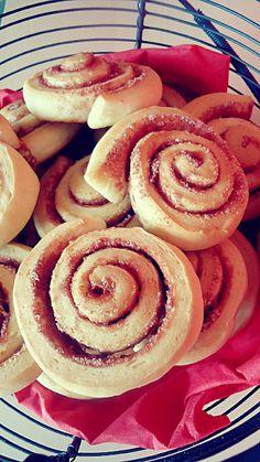 Erdbeer-Zucker-Zimtschnecken (von der Tassenkuchen - Bäckerei)