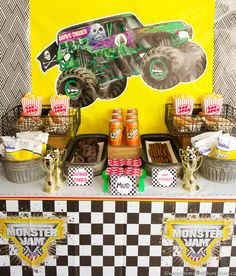 New Monster Truck Birthday Party Ideas Food Hot Wheels 42 Ideas Monster Jam, Monster Truck Toys, Monster Truck Birthday, Birthday Favors, 5th Birthday, Birthday Parties, Birthday Ideas, Lego Parties, Party Favors