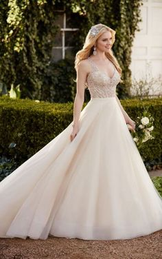 Chelle Selby Elegant Princess Wedding Dress Separates By Martina Liana Fancy Dresses Gorgeous
