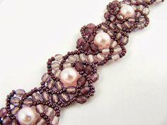 Hogarth Crystal Curve - Bead & Button Magazine