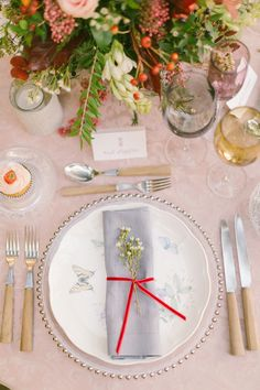 Boho Chic Inspired Wedding Table Setting / styled shoot coordinated by Love 4 Wed / photo by Anna Roussos Photography