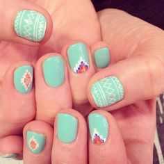 Southwestern nails kissmakeup pinterest manicure makeup cristinataranu got cute mexican nail design for her vacation to mexico use instagram online prinsesfo Gallery