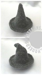 Crochet Amigurumi Wizard Hat Free Crochet Pattern - Wizard Gonk free crochet pattern -Doll clothes: Part of our crochet adventure; A Gonk's Journey. One of many free crochet patterns to collect along the way! Cute Crochet, Crochet Crafts, Crochet Projects, Crochet Doll Clothes, Crochet Dolls, Knitting Patterns, Crochet Amigurumi, Halloween Crochet, Amigurumi Patterns