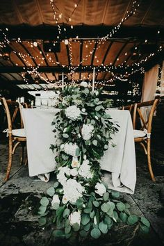 Wedding reception decor | Lush green and white table runner