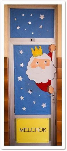 Wall for Window Decorations and Mobiles Xmas Crafts, Diy And Crafts, Crafts For Kids, Class Decoration, School Decorations, Felt Christmas Decorations, Noel Christmas, Classroom Decor, Manga