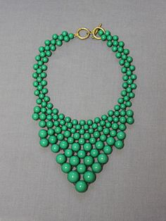 Bubbly Good Time Necklace in Green
