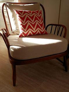 BEAUTIFUL ERCOL GOLDEN DAWN CHAIR In STONE