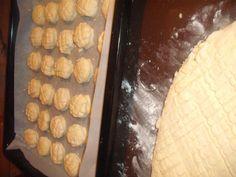 Smotanovo-zemiakové skladané pagáče (fotorecept) - recept | Varecha.sk Ale, Dairy, Cheese, Food, Basket, Ales, Meals, Yemek, Eten