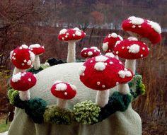 A crown of mushrooms!