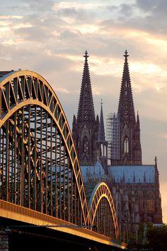 Köln Cathédrale | Der Kölner Dom | Hohenzollern Bridge