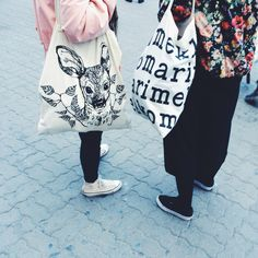 Masterclass of shopping bags. #fashion #shoppingbags #totebags #printed #deer #cutedeer #bomber #bomberjacket #pink #converse #converseallstar #shopper #withtext #marimekko #flowerbomber #culottes #culottespants #black #withsneakers #masterclass #ofshoppingbags #streetstyle #tallinnstreetstyle #TSS