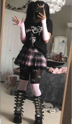 Emo Outfits, Grunge Outfits, Girl Outfits, Fashion Outfits, Tomboyish Outfits, Dress Outfits, Alternative Outfits, Alternative Fashion, Pastel Goth Fashion