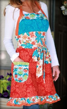 Lila Tullier - Funked Out Apron-lila tueller designs, funked out apron, apron pattern, ladies apron pattern, halter apron pattern