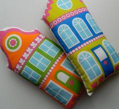 Alice Apple dutch house cushions