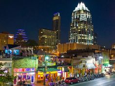 Explore Austin's trend-setting restaurants and bars, outdoors scene, and cutting-edge music and arts.