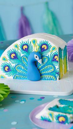 Wilton Cake Decorating, Cake Decorating Videos, Cake Decorating Techniques, Cookie Decorating, Cupcakes, Cupcake Cookies, Peacock Cake, Piece Of Cakes, Fancy Cakes