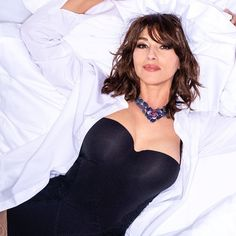 "Monica Bellucci on Instagram: ""❤️ Just out ! Photo by @gilles_bensimon for @parismatch_magazine 🌹 Jewelry @cartier Styled by @barbarabaumel Hair @johnnollet Makeup…"" Amazing Women, Beautiful Women, Black Bustier, Bond Girls, Italian Actress, Monica Bellucci, Fashion Models, Camisole Top, Ruffle Blouse"