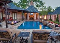 nice aesthetics During the day, the flickering flames and soothing trickle of the fire and water bowls encourage relaxation. At night, they provide a warm glow as the homeowners enjoy their pool well into the evening.