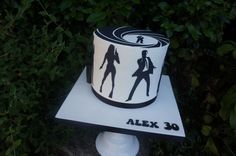 Double height James Bond themed cake for a birthday James Bond Cake, James Bond Party, Black White Cakes, Fathers Day Cake, 18th Birthday Cake, Character Cakes, Cake Pictures, Cakes For Boys, Themed Cakes
