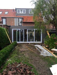13-12-2015: de achterzijde van het huis is zo goed als klaar! #Cadzand #vakantiehuis