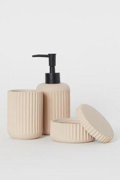 HM Home Soap Dispenser Beige Ceramics € Affiliate Link Bathroom Soap Dispenser, Hm Home, Best Soap, Ceramic Jars, Beige, Bathroom Styling, Bath Accessories, Stoneware, Pottery
