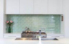 New kitchen tile splashback inspiration 25 Ideas Kitchen Splashback Tiles, Kitchen Tiles Design, Modern Kitchen Design, Tile Design, Design Design, Kitchen Counters, Kitchen Designs, Kitchen Island, Rustic Kitchen