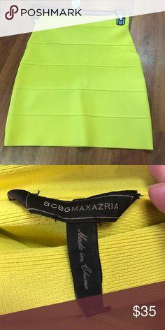 BCBG yellow skirt size medium New condition BCBG yellow skirt BCBG Skirts