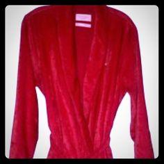 PLUSH VS FULL ROBESZM-L Mint condition beautiful beltside pocketsSUPER COMFYNO FLAWS TO REPORT Victoria's Secret Intimates & Sleepwear Robes