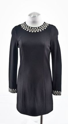 Perfect for Fall!! Trina Turk Black Long Sleeve Shift Dress