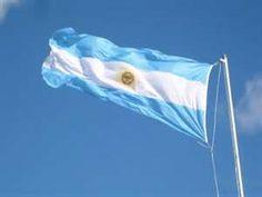 LA CELESTE Y BLANCA BANDERA ARGENTINA