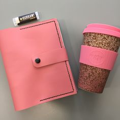 Use a really useful planner made by hand from fine soft leather. With a two ring binding mechanism it is refillable Pink Leather, Soft Leather, Life Plan, Leather Journal, You Bag, Planners, Etsy Seller, Make It Yourself, Ring