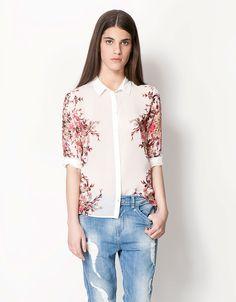 Bershka Colombia - Camisa BSK estampado flores