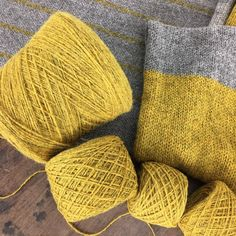 Iona wool Lichen Yellow Iona Wool This is an aran - maybe good for the Aiken sweater? Shades Of Yellow, Grey Yellow, Mellow Yellow, Double Knitting, Hand Knitting, Yarn Stash, Yarn Brands, Cheap Bags, Bead Crochet