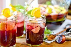 Pour votre vin d'honneur vous préférez les cocktails à base de fruits et de liqueurplutôt que la traditionnelle coupe de champagne ?L'équipe de Mariage.com...