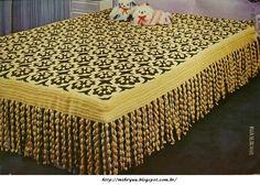 Já vi lindos trabalhos em crochê, mais este em especial, adorei...linda colcha!!!